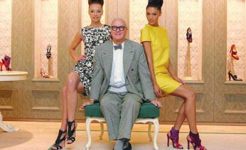 Mr. Manolo Blahnik with Models Photo Credit Embezzela.com