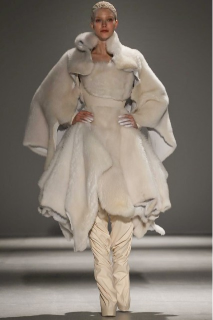 Designer Gareth Pugh Fall 2014 Collection For Paris Fashion Week ( Photo Via NowFashion)