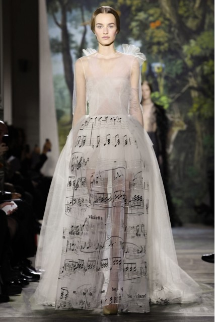 Valentino Haute Couture Fall 2014-2015 ( Photo by Fashion GPS)