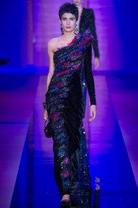 armani-prive-couture-fall-2015-44