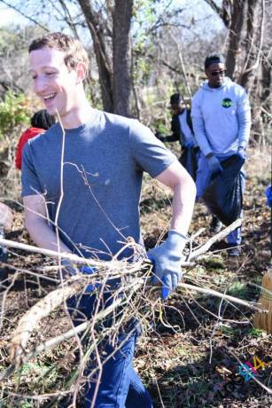 Mak Zuckerberg clearing space for a garden in Oak Cliff. Photo Credit: Ashton Tucker