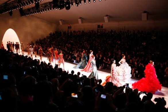 4998e_fashion-week-lincoln-center-overview-590bes090910-2